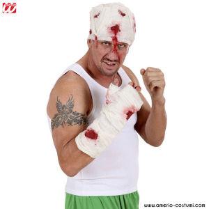 Bendaggio braccio sanguinoso