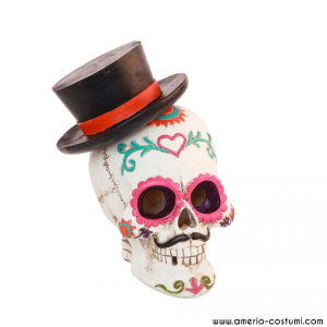 SKULL WITH HAT & LED