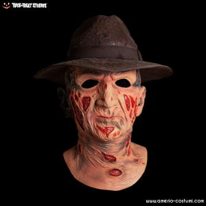 Freddy's Revenge Deluxe Freddy Mask with Hat