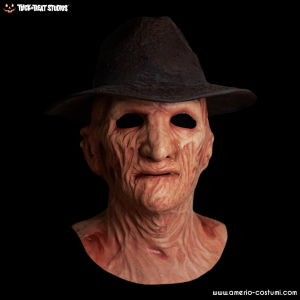 Springwood Slasher Deluxe Freddy Mask with Hat
